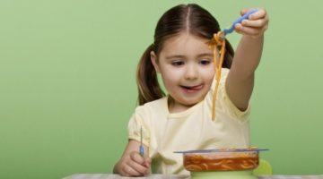 Симптомы и лечение пищевого отравления у ребенка, меры профилактики