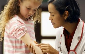 Чесотка у детей: фото, симптомы и лечение, к какому врачу обращаться