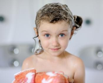 Шампунь от вшей и гнид для детей: правила применения средства