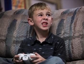 Лечение и симптомы нервного тика у ребенка - синдром Туретта