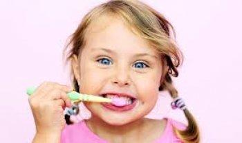 Уход при прорезывании постоянных зубов