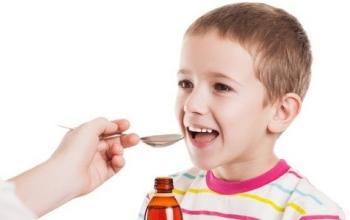 Амброксол для детей: инструкция по применению, дозировка и частота приема