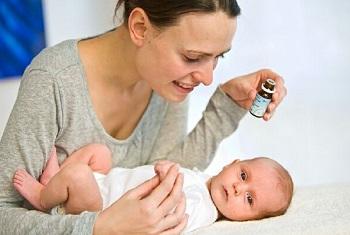 Лечение новорожденных с помощью препарата Аквадетрим в каплях