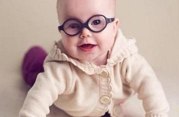 Врожденный астигматизм - причины и факторы возникновения у ребенка