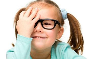 Амблиопия - описание распространенного заболевания глаз у детей