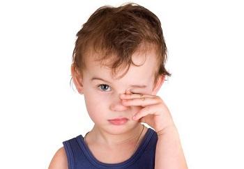 Особенности применения глазной мази Флоксал для детей