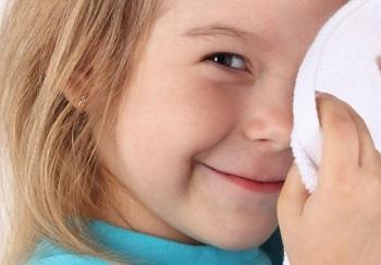 У ребенка покраснели и чешутся глаза - всегда ли это заболевания