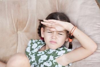 Почему ребенок щурится - миопия слабой степени у детей